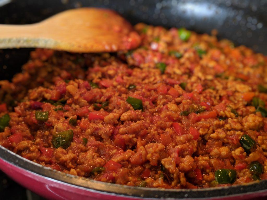 トマトソースで作る即席ドライカレー